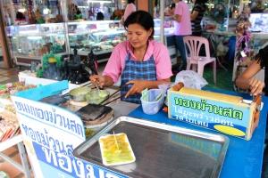"Thai sweet ""crepes."""